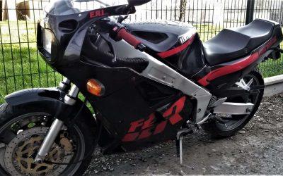 Yamaha FZR 1000 Génésis